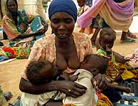 Refugiados en Darfur. (REUTERS)