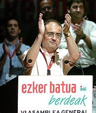 Javier Madrazo agradece el apoyo recibido durante la VI Asamblea General. (EFE