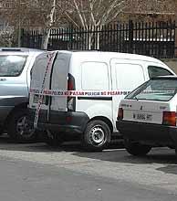 La furgoneta en la que se hallaron los detonadores. (EFE)