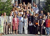 Los representantes sociales, en el palacio de La Moncloa. (EFE)