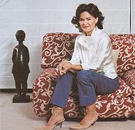 Carmen Calvo, que en la imagen posa para Marie Claire, se ha defendido de las críticas