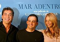 Bardem, Amenábar y Belén Rueda, en la presentación. (REUTERS)