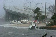 El huracán 'Frances' a su paso por Florida. (EFE)