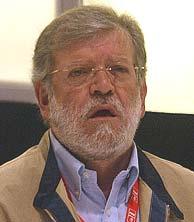 Rodríguez Ibarra en el último congreso del PSOE. (A. Cuellar)