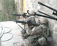Marines, durante el combate en Faluya. (Foto: REUTERS)