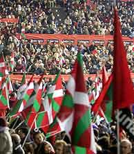 15.000 personas ha reunido Batasuna en San Sebastián.