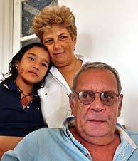 Raúl Rivero, en su casa de La Habana. (EFE)