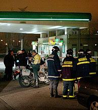 Gasolinera en la carretera de Toledo donde estalló una de las bombas. (AFP)