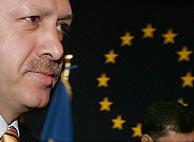 El primer ministro turco, Tayyip Erdogan, a su llegada a la cumbre. (Foto:REUTERS)