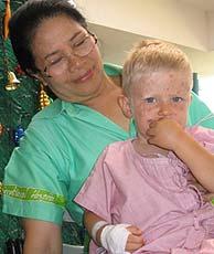 CUENTO DE NAVIDAD: Localizan gracias a la Red a un niño sueco perdido en Tailandia. (Phuket Gazette)