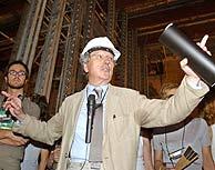 Moneo, en una de sus visitas a la ampliación de El Prado. (Foto: EFE)