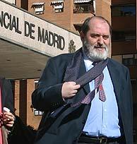 El abogado, saliendo de la Audiencia Provincial de Madrid, en una imagen de archivo. (Foto: Diego Sinova)