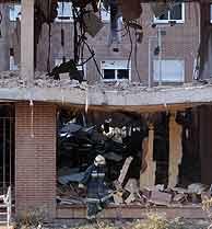 Estado en que quedó el edificio de Leganés. (Foto: EFE)