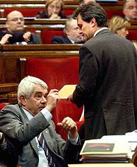 Maragall y Mas en un momento del debate. (Foto: EFE)