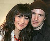 Eva Amaral y Juan Aguirre, durante la presentación de su disco. (Foto: EFE)