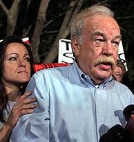 Bob Schindler anuncia el rechazo de la Corte de Apelaciones. (Foto: REUTERS)