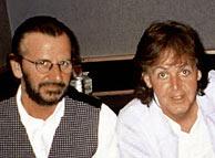 Ringo Starr y Paul McCartney, en una visita a Abbey Road. (Foto: AP)