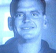 Imagen emitida por Canal 9 de la fotografía que permitió a la Policía localizar al presunto asesino.
