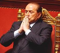 Silvio Berlusconi, durante una sesión del Senado italiano. (Foto: AP)