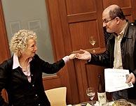 Salman Rushdie y Margaret Atwood, durante la cita. (Foto: EFE)