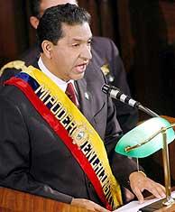 Lucio Gutiérrez, durante su discurso anual ante el Congreso. (Foto: EFE)