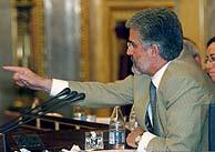 Marín se dirige a los diputados. (Foto: EFE)