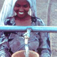 Los pozos de agua son la esperanza de miles de personas. (Foto: IO)