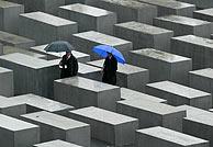 El memorial, antes de la inauguración. (Foto: REUTERS)