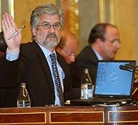 Manuel Marín pide silencio a la Cámara. (Foto: EFE)
