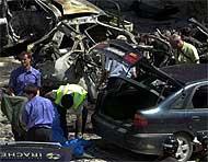 Imagen del atentado de Sangüesa en mayo de 2003. (Foto: EL MUNDO)