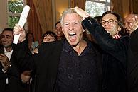 El diputado socialista Hans van Heijningen celebra la victoria del 'no'. (Foto: AP)