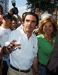 Aznar ha sido recibido con gritos de 'presidente'. (Foto: EFE)
