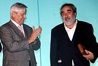 Soto de Moura (dcha.) junto al alcalde de Barcelona, Joan Clos. (Foto: EFE)