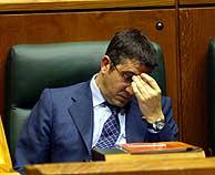 Patxi López ve desvanecerse sus esperanzas de ser lehendakari. (Foto: Adrián Ruiz de Hierro)