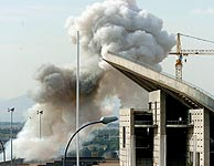 Momento de la explosión. (Foto: EFE)