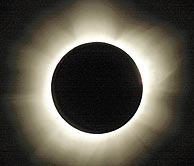 Imagen del primer eclipse solar del milenio. (Foto: AP)