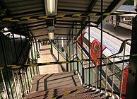 La estación de Woodside Park, a las 19.00, acordonada. (Foto: Ander Zabala)