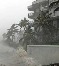 El huracán azota Key West. (Foto: AP)