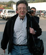Navarro, a su salida de la cárcel de Can Brians en 1998. (Foto: EFE)