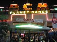 La fachada de BCM.