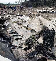Aspecto del avión siniestrado en Venezuela. (Foto: REUTERS)