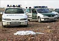 La Policía y la Guardia Civil se personaron en el lugar donde fue hallado el cadáver. (Foto: EFE)