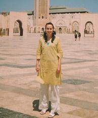 De turismo, en la mezquita de Hassán II, en Casablanca.