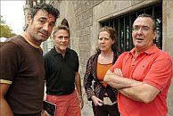Los antiguos actores de Els Joglars Ferrán Rañe (d), Myriam de Maetztu, Gabriel Renom y Andreu Solsona. (Foto: EFE)