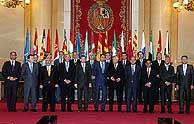 Foto de familia de todos los presidentes. (Foto: EFE)