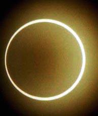 Vista del último eclipse anular de sol del siglo XX, en 1998. (Foto: REUTERS)