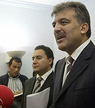 Abdulá Gul, antes de volar a Luxemburgo. (Foto: AFP)