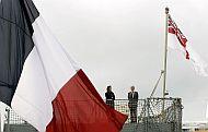 Las banderas francesa y británica ondean al viento la víspera de las celebraciones. (Foto: AFP Photo/ Jose Luis Roca )
