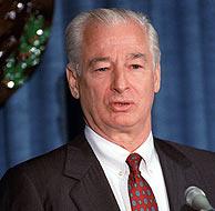 Jose Azcona en una imagen de 1988. (Foto: AP)