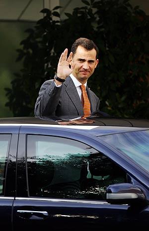 El Príncipe abandona la Ruber camino de la Residencia de Estudiantes. (Foto: Reuters)